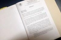 Projeto de Lei que trata de Cargos e Salários de autoria do Poder Executivo